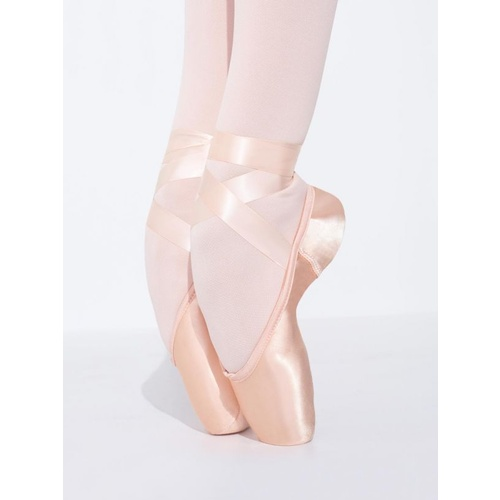Capezio - Airess Pointe Shoe with #5.5 Shank and Broad Toe Box